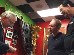 Paul Gertner fooling penn and teller backstage